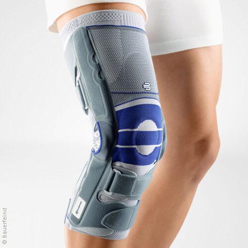 Kniebandage mit einstellbarem Mehrachsgelenk