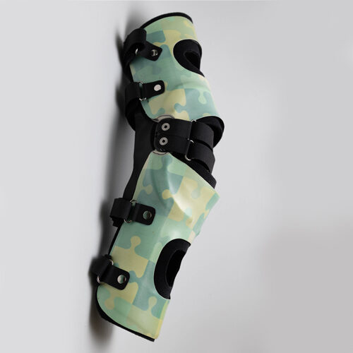 Knieorthese nach Gipsabdruck